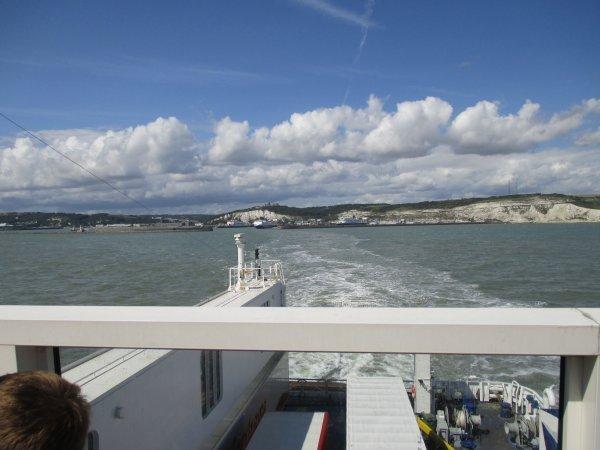 Ein_letzter_Blick_auf_die_White_Cliffs_of_Dover