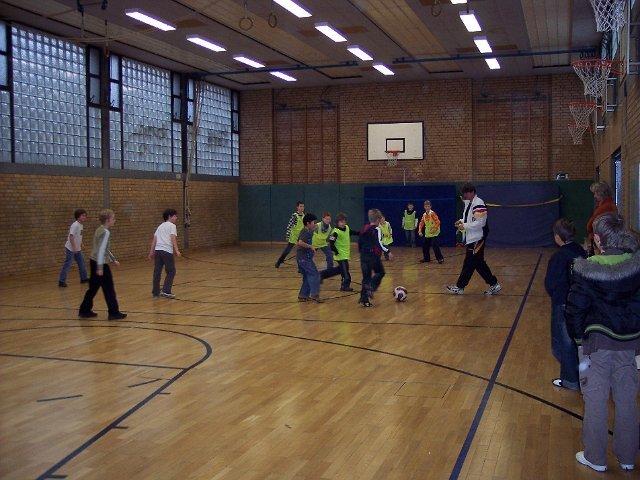 Sportliches---Tag-der-offenen-Tuer---Fussballtraining